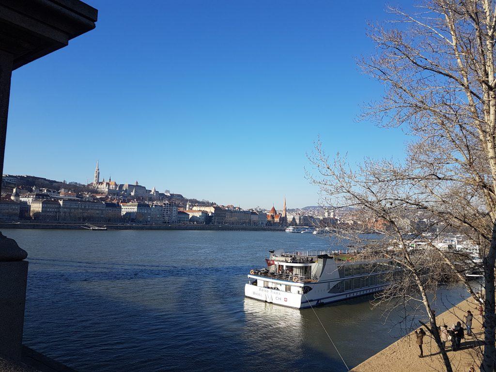 Vista río Danubio Budapest