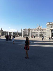 Palacio real de fondo, Madrid